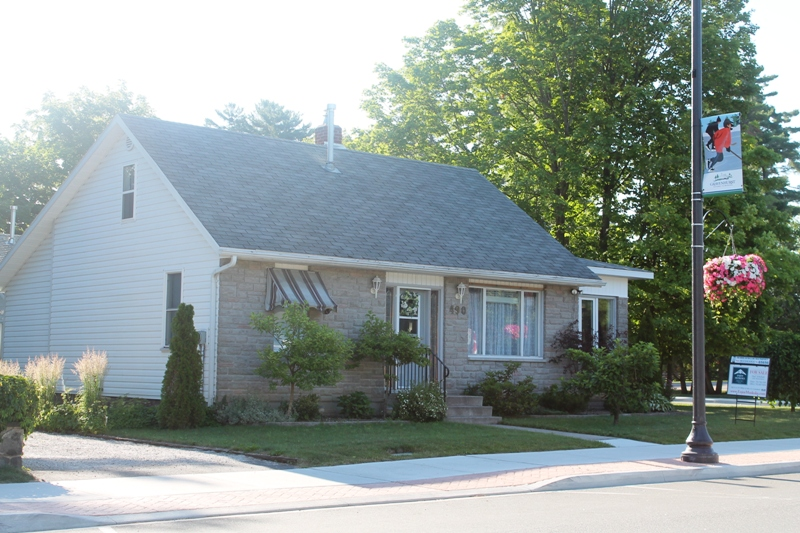 Gravenhurst and Bracebridge are part of the area covered for home, cottage, and commercial ...